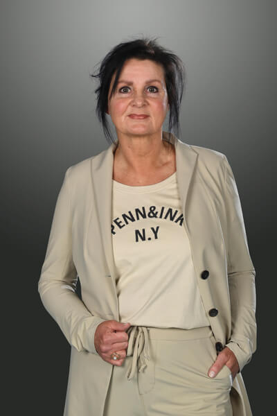 Receptioniste-E-Nijholt